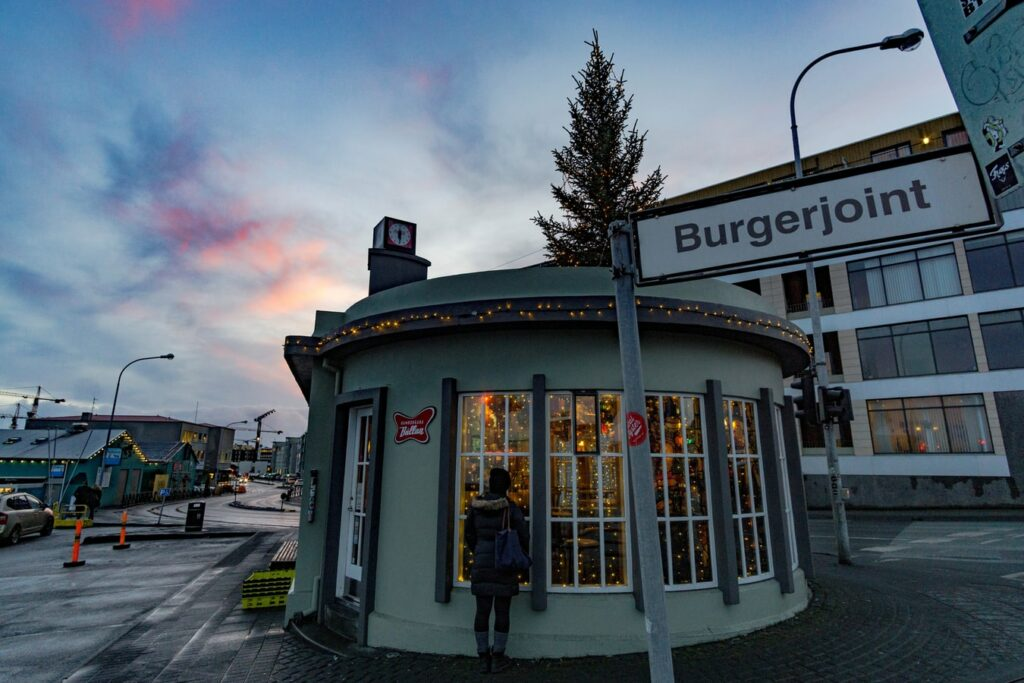 Tommis burger joint in downtown Reykjavik