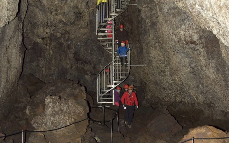 people going down the stairs to Vatnshellir lava cave in Snæfellsnes Peninsula