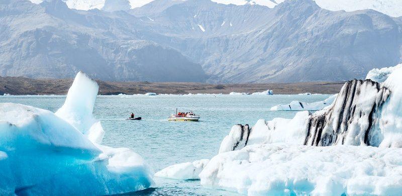 Jokulsarlon glacier lagoon boat tour