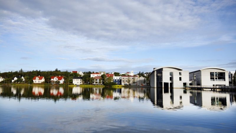 Tjornin pond in Reykjavik on the Reykjavik walking tour