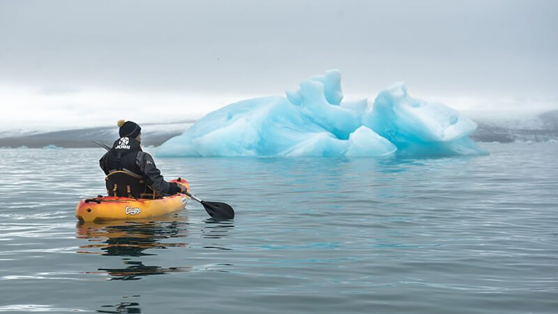 Kayaking on Jokulsarlon glacier lagoon
