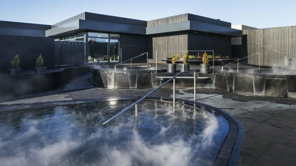 Krauma geothermal baths and spa in Krauma