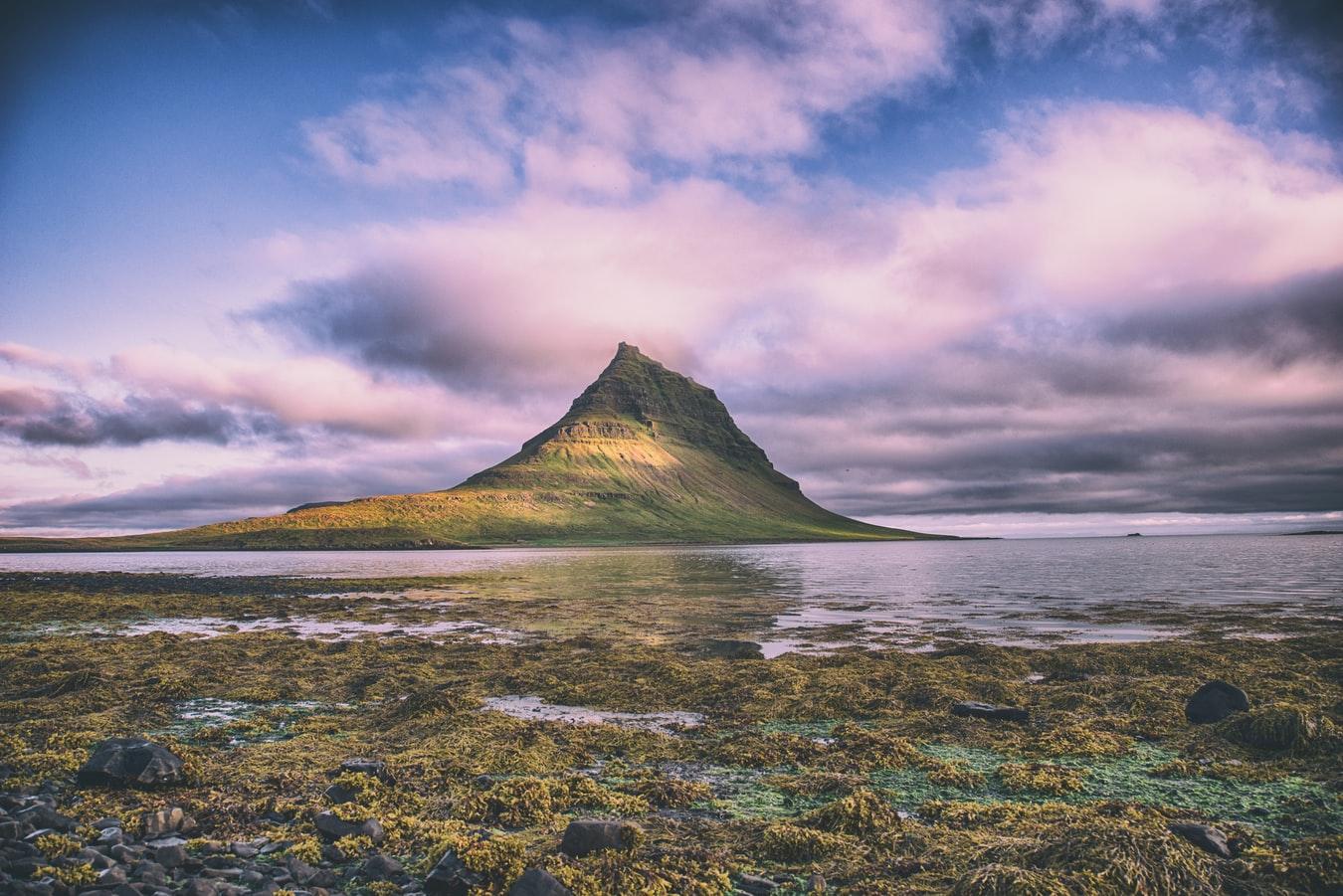 Kirkjufell mountain in Snæfellsnes Peninsula, Snæfellsnjokull National Park
