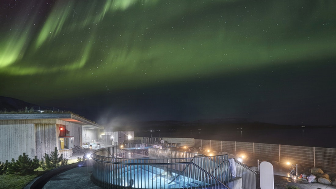 northern lights above Laugarvatn Fontana