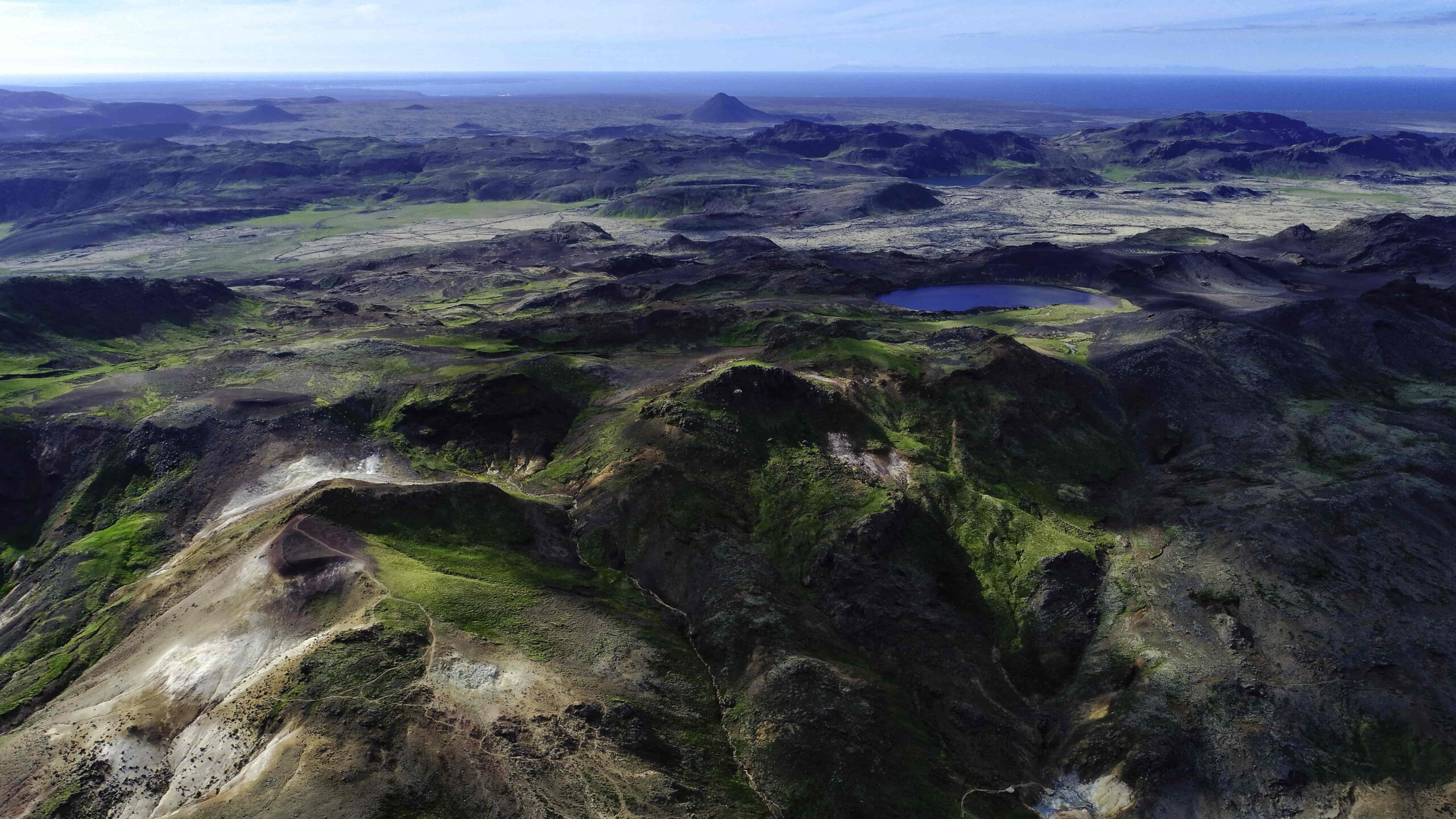 view over the highlands in Reykjanes and Kleifarvatn Lake
