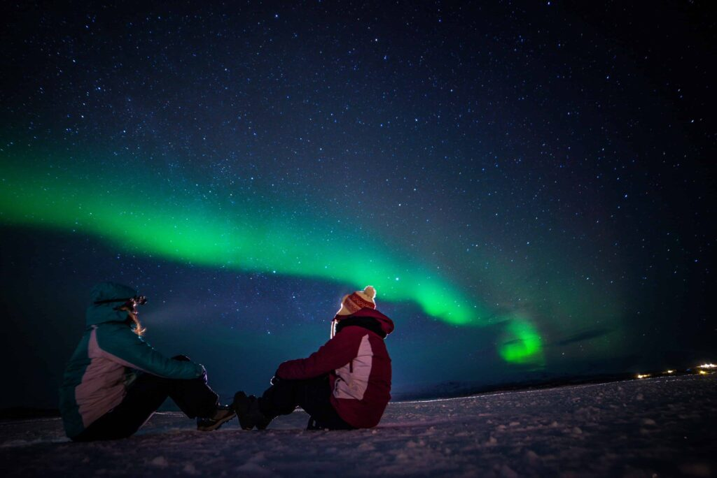 Honeymoon in Iceland, watching the northern lights