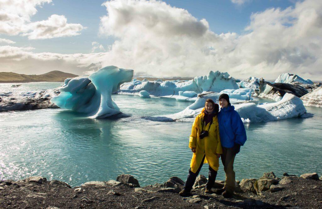 Honeymoon in Iceland, two people standing in front of Jokulsarlon glacier lagoon