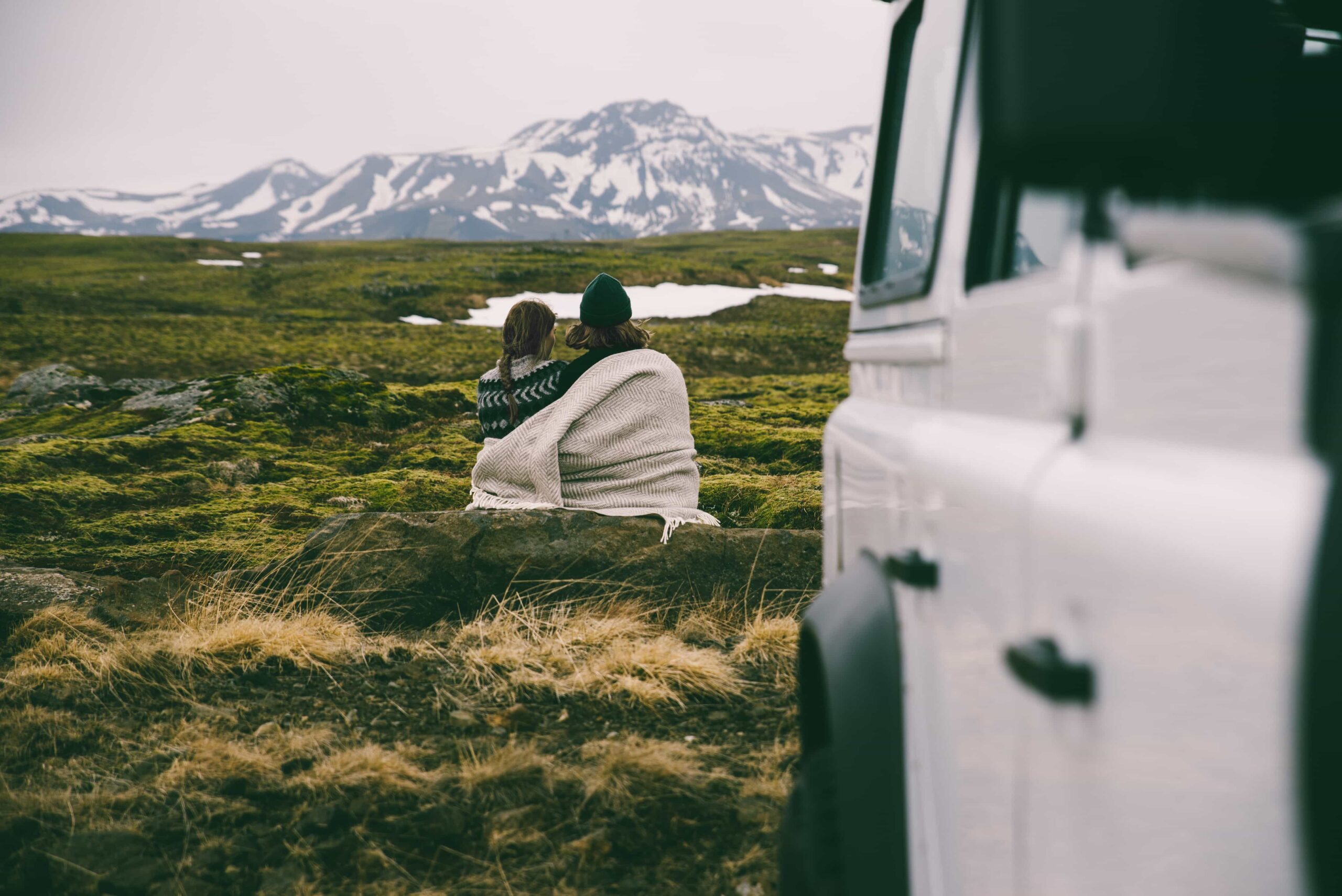 Honeymoon in Iceland, couple in a camper van