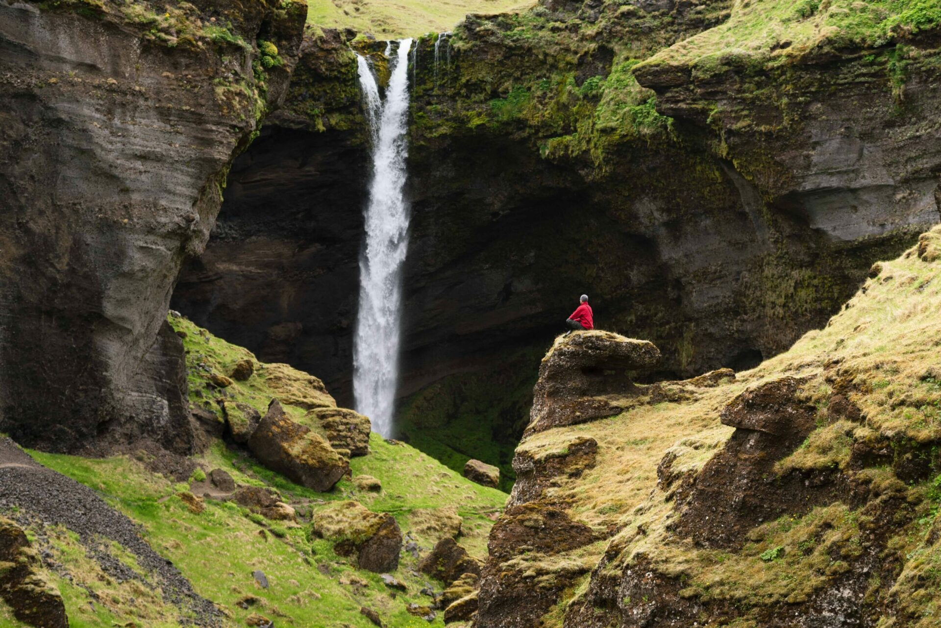 Kvernufoss walk behind waterfall in south Iceland