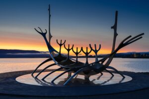 sunset at the sun Voyager in Reykjavik