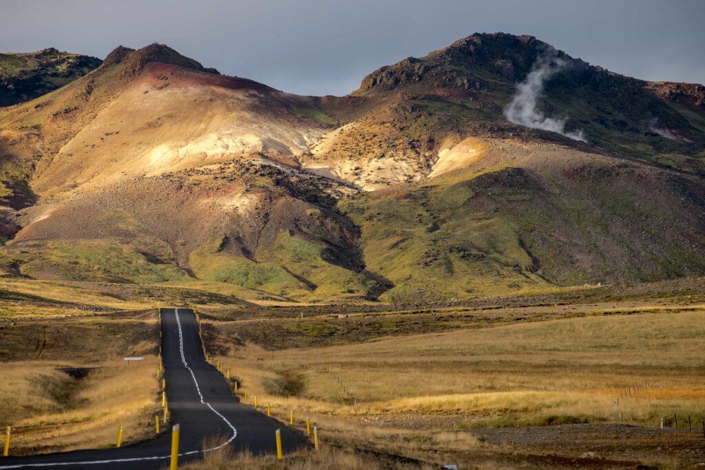 road in Grindavík