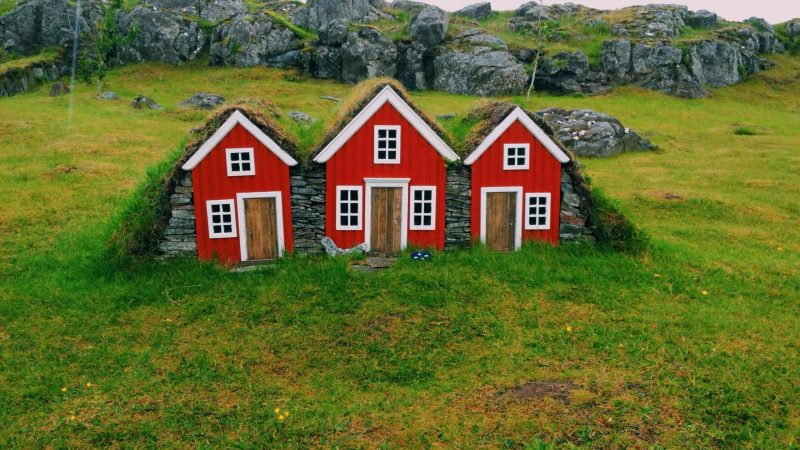 Elf houses in east Iceland - Eurovision movie