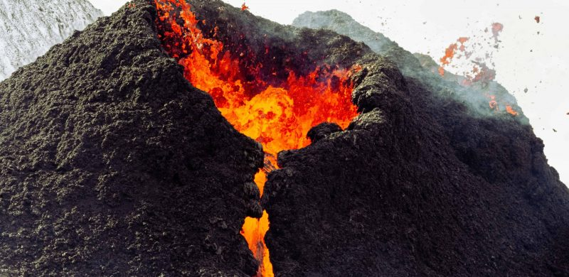 active volcano tour, Laugavegur hiking trail in the highlands of Iceland