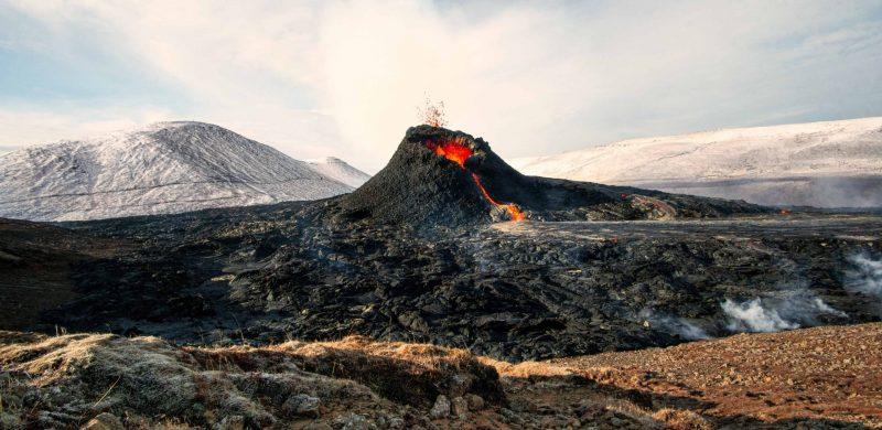 active volcano tour, Geldingadalur erupting volcano in Iceland