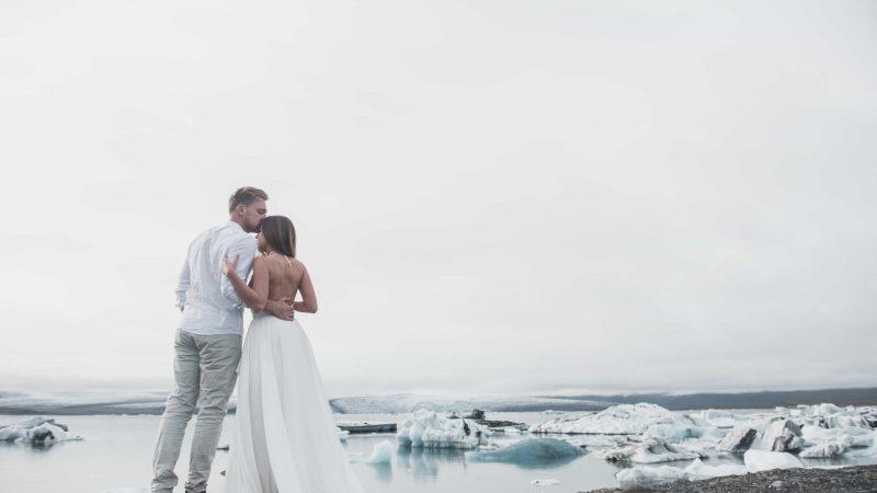 wedding photo shoot at Diamond Beach in Iceland