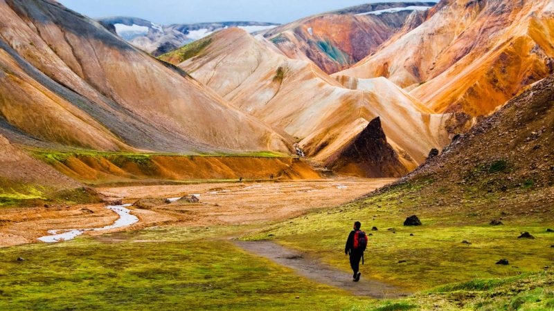Hiking in Landmannalaugar in the highlands of Iceland