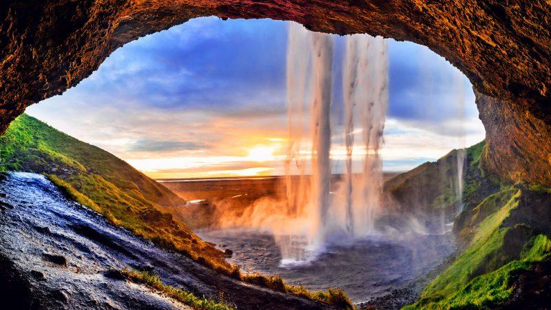 Seljalandsfoss walk behind waterfall in south Iceland